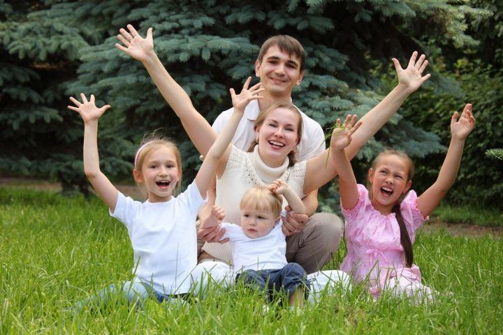 раннее развитие речи, познание мира, семья