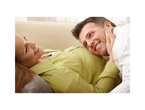 карапузики, развитие беременности, папа с ребенком, будущие родители