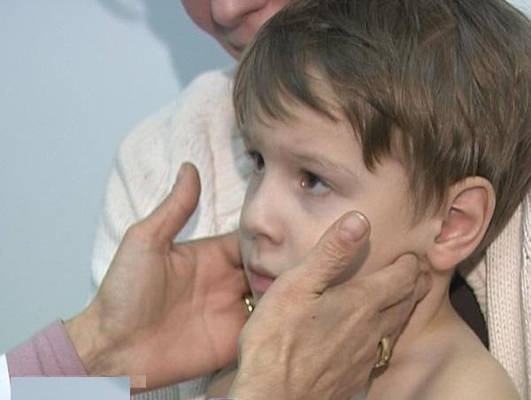 ларингит, круп, детские болезни, рубрика, ларингит симптомы, ларингит лечение, воспаление гортани