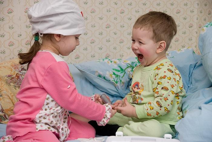 о прививках для сомневающихся, прививки, прививка от кори, прививку от кори, лекарство