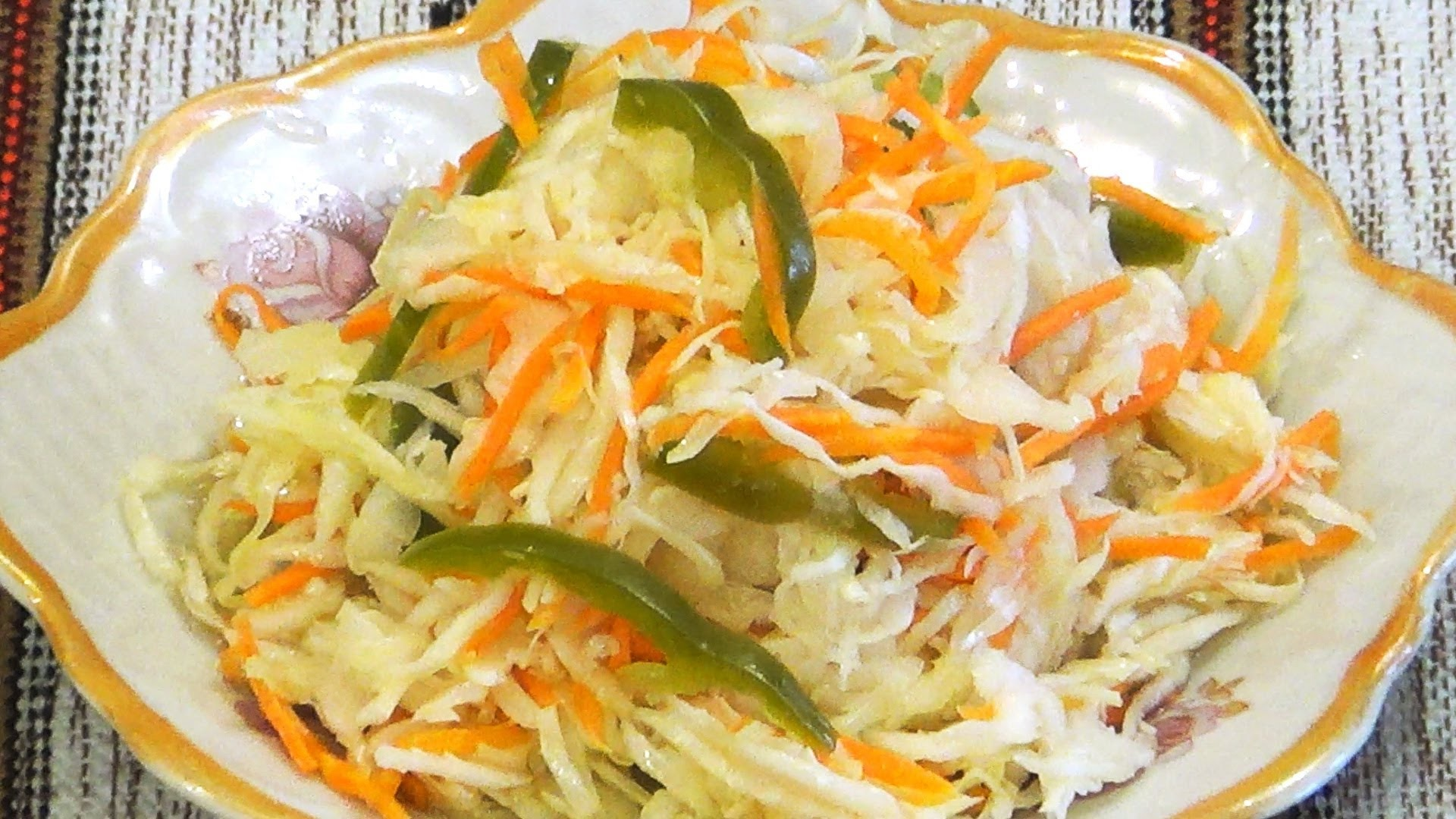 вкусные рецепты, маринованная капуста, соль, чеснок, уксус